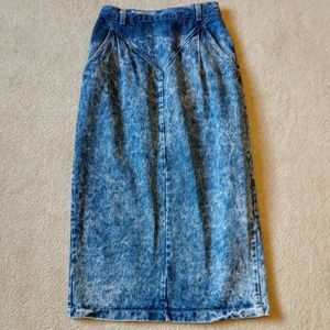 Candie's Midi stonewashed blue jean pleated skirt